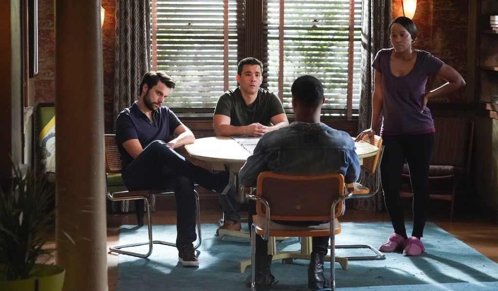 Gabriel tries to bargain with Connor, Oliver and Michaela on HTGAWM