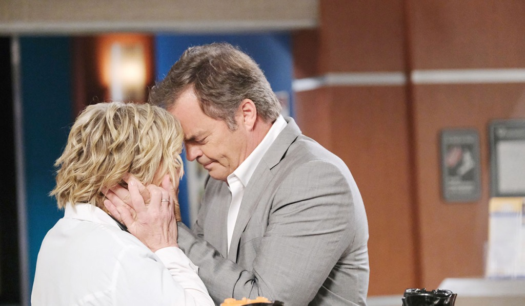 justin hugs kay days of our lives