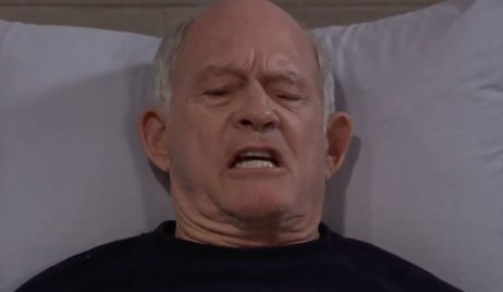 Mike's condition deteriorates on General Hospital