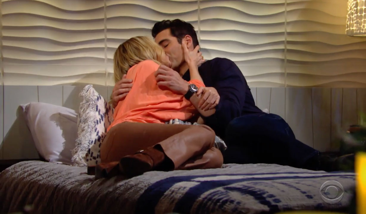Rey and Sharon kiss in bed on Young and the Restless