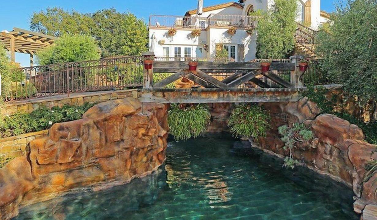 Eva Longoria home bridge villa Young and Restless