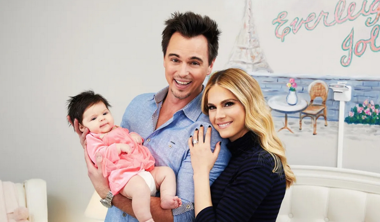 Everleigh, Darin Brooks, Kelly Kruger smile nursery Bold and Beautiful, Young and Restless