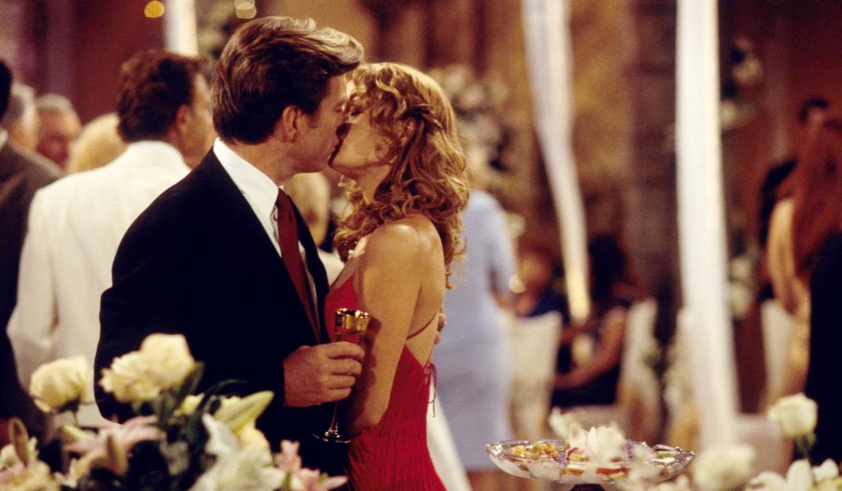 Jack, Phyllis kiss Y&R