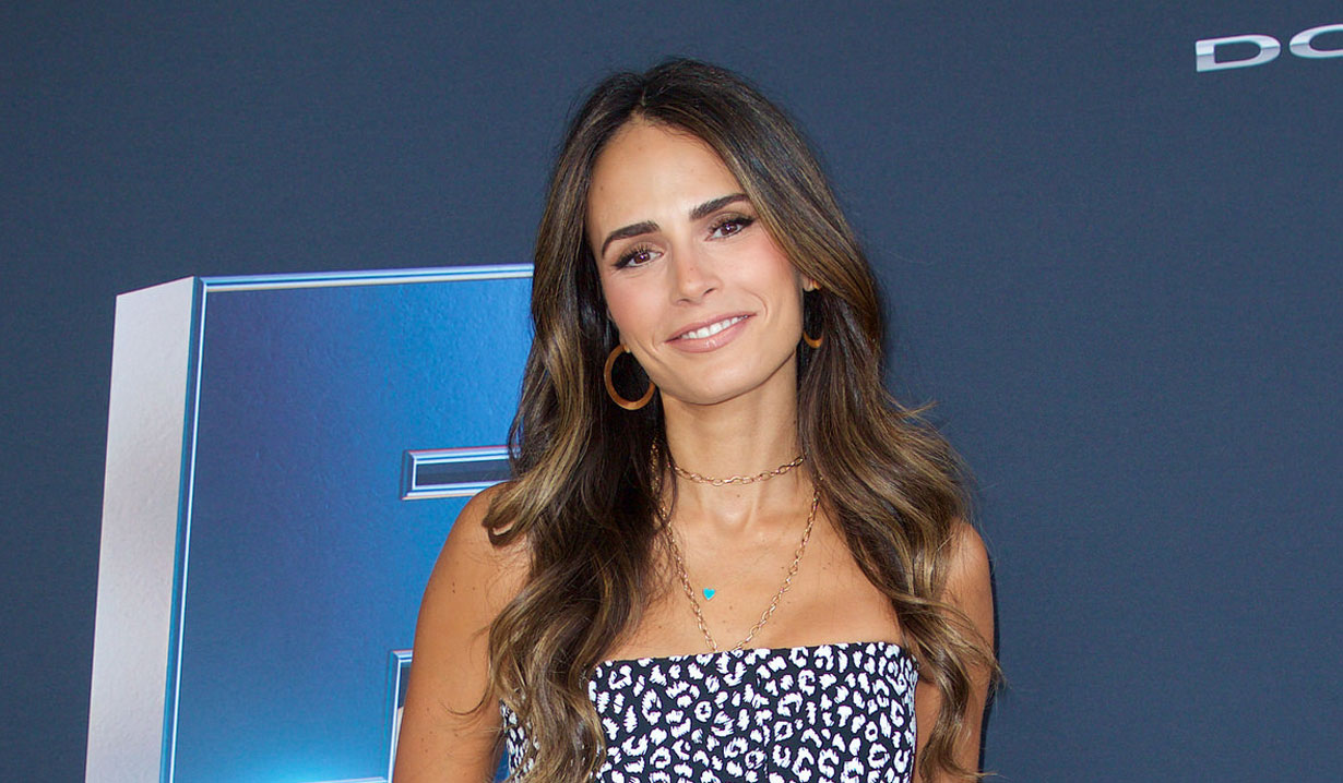 Jordana Brewster on as the world turns
