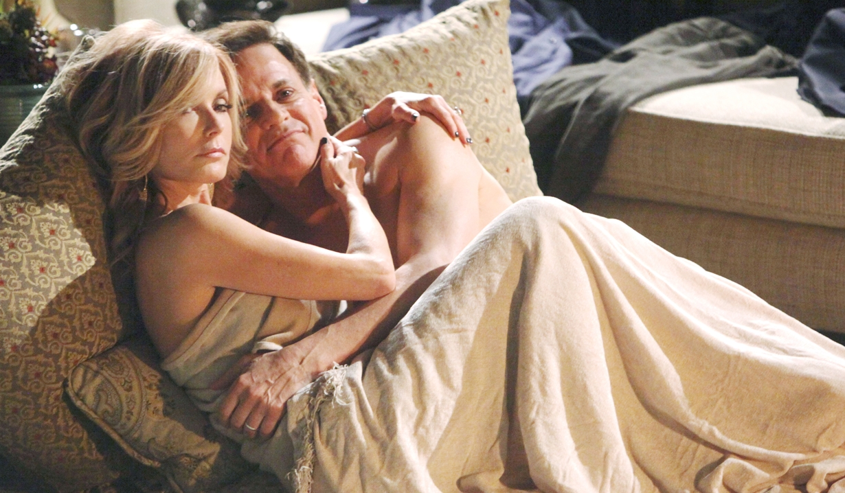 Lauren, Michael fireplace sex Y&R