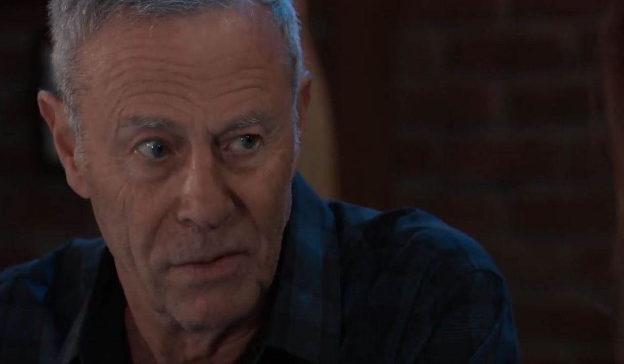Robert and Anna talk Holly's death General Hospital