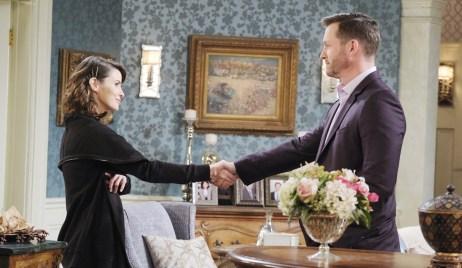 Sarah, Brady shake hands Days