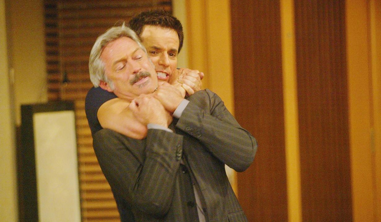 Tom, Michael attack Y&R