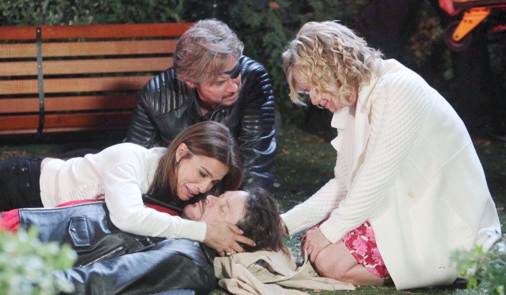 Bo dies surrounded by loved ones on Days