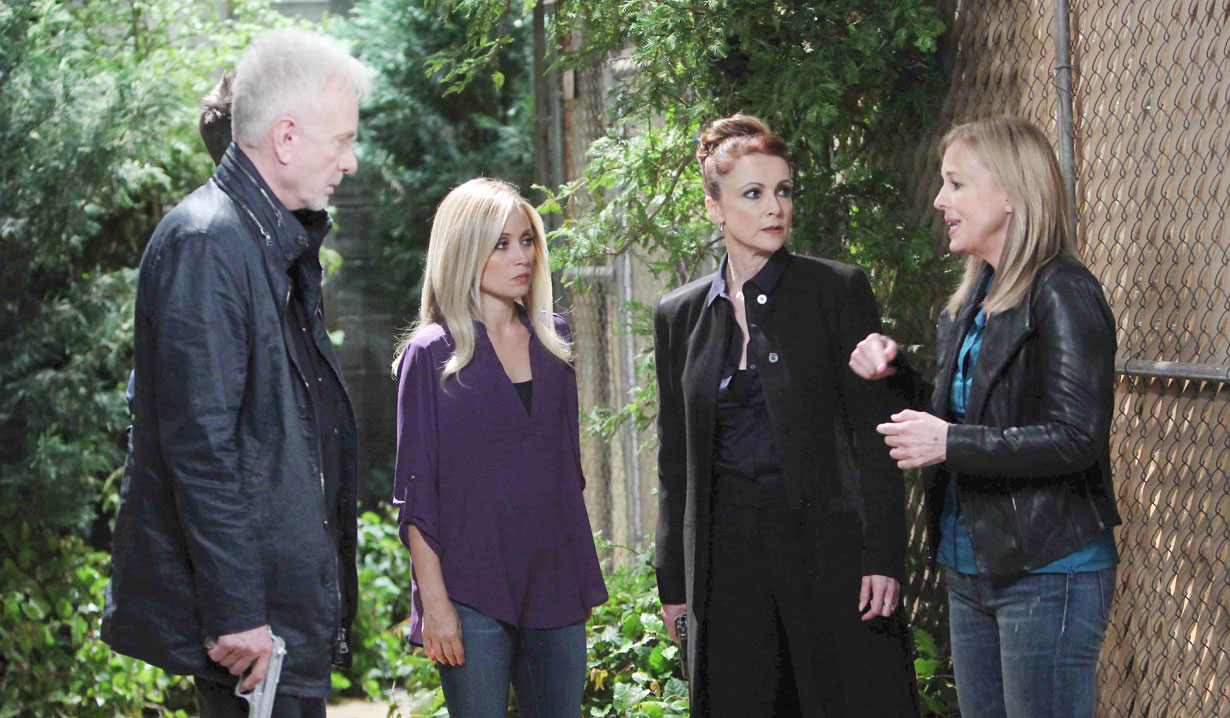luke hold a gun with lulu, laura and holly general hospital