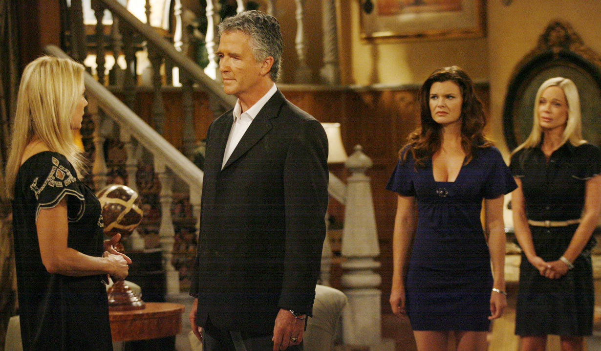 stephen talks to brooke, katie and donna watch bold and beautiful