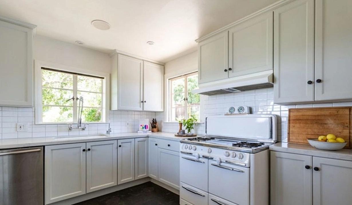 Blake Berris home kitchen Days