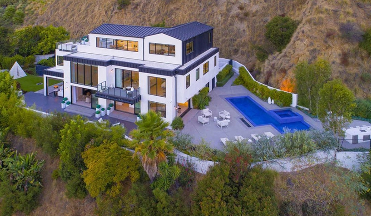 Demi Lovato house aerial view Y&R, The Agency