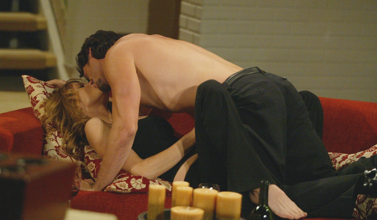 Phyllis, Nick couch sex Y&R