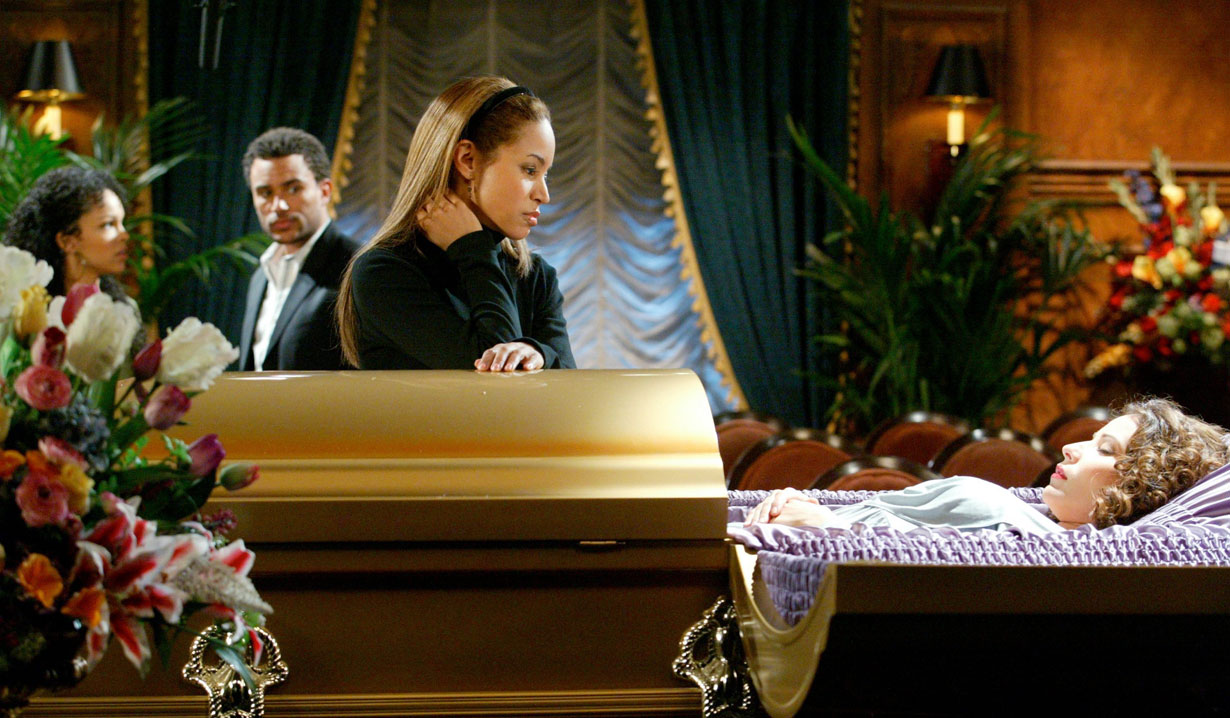 Rae's funeral on Passions