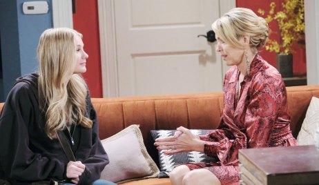Nicole gives Allie advice on Days