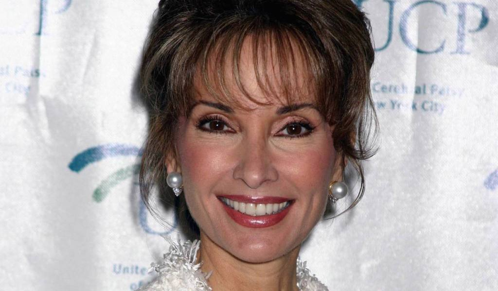 Susan Lucci United Cerebral Palsy's Third Annual Women Who Care Luncheon Tavern on the Green 5/6/ 04 ©Jennifer Graylock/jpistudios.com 310-657-9661