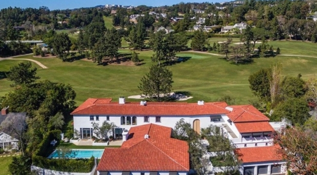 Lori Loughline villa aerial GL
