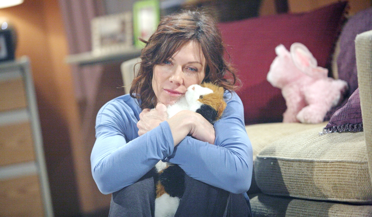 Patty hugs stuffed kitty Y&R