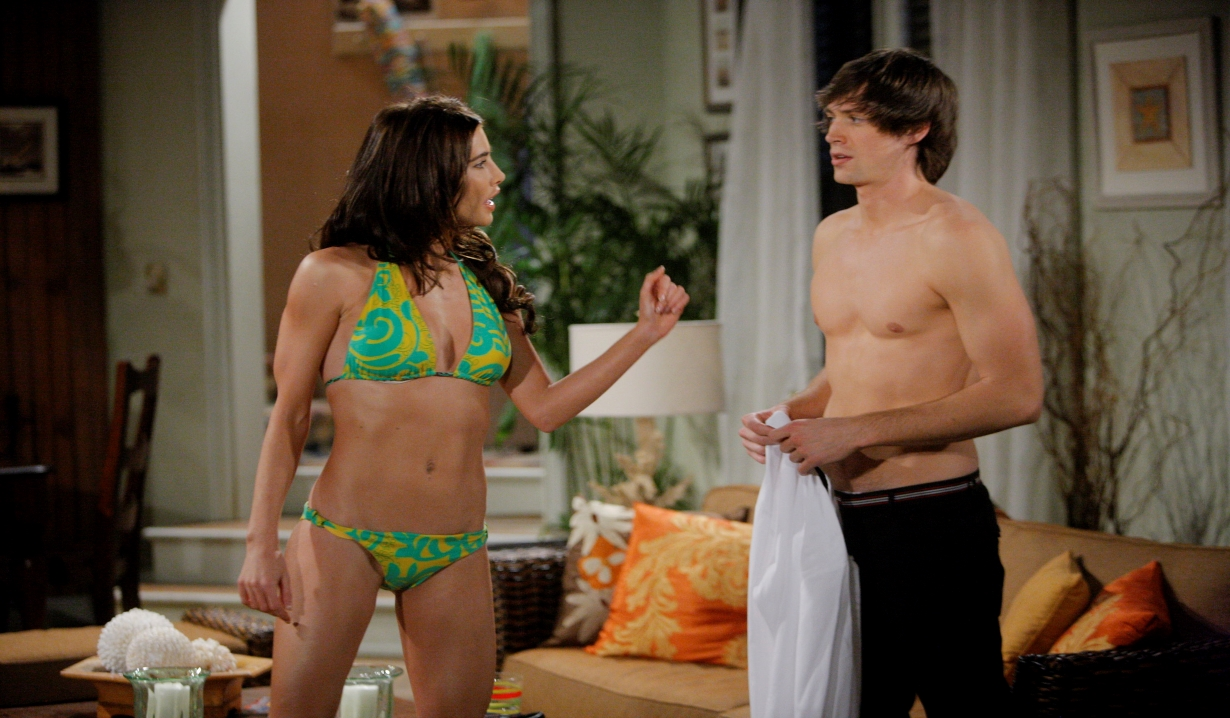 Steffy and Oliver at the beach house