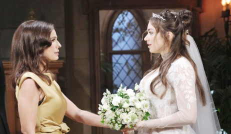 Ciara, Hope at the church on Days of our Lives