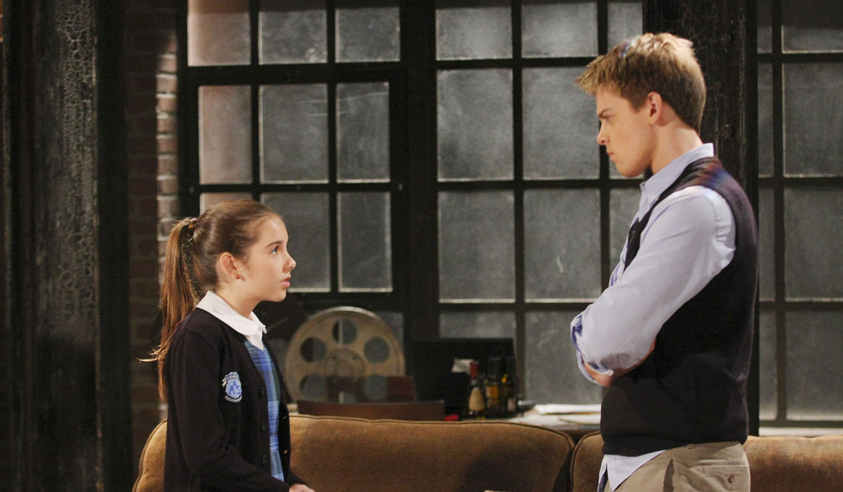 Molly and Michael on General Hospital