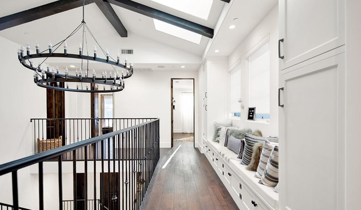Brittany Snow house nook GL