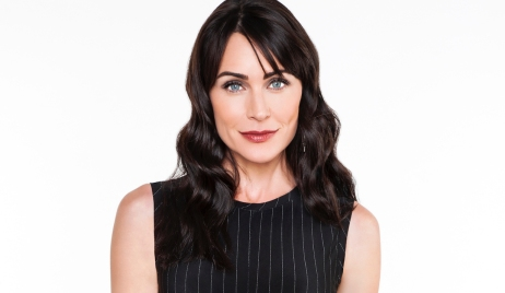 Rena Sofer as Quinn Fuller on the CBS series THE BOLD AND THE BEAUTIFUL, airing weekdays (1:30-2:00 PM, ET; 12:30-1:00 PM, PT) on the CBS Television Network. Photo: Gilles Toucas  ©2017 CBS Broadcasting Inc. All Rights Reserved.