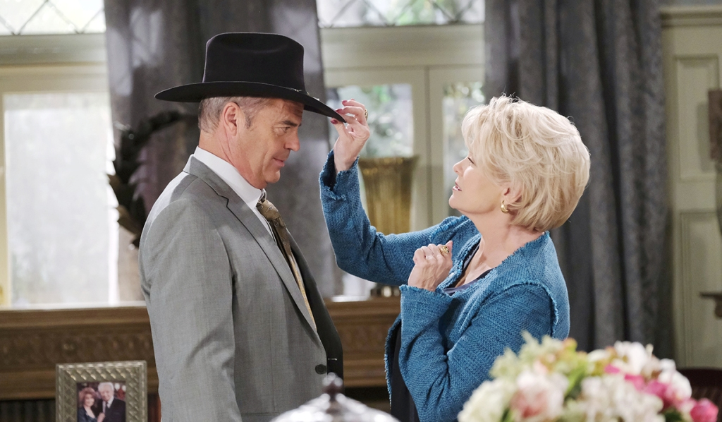 bonnie gets justin a stetson hat days of our lives
