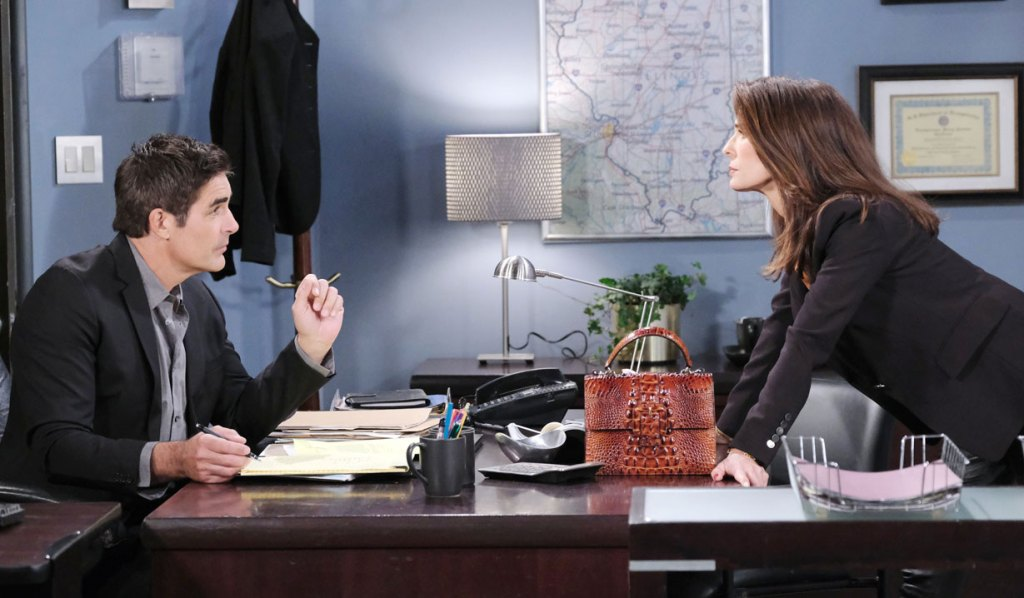 Hope and Rafe at the office on Days
