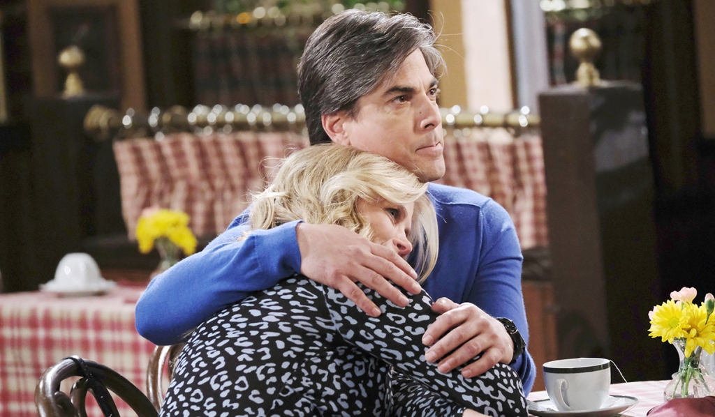 lucas comforts a sobbing sami days of our lives
