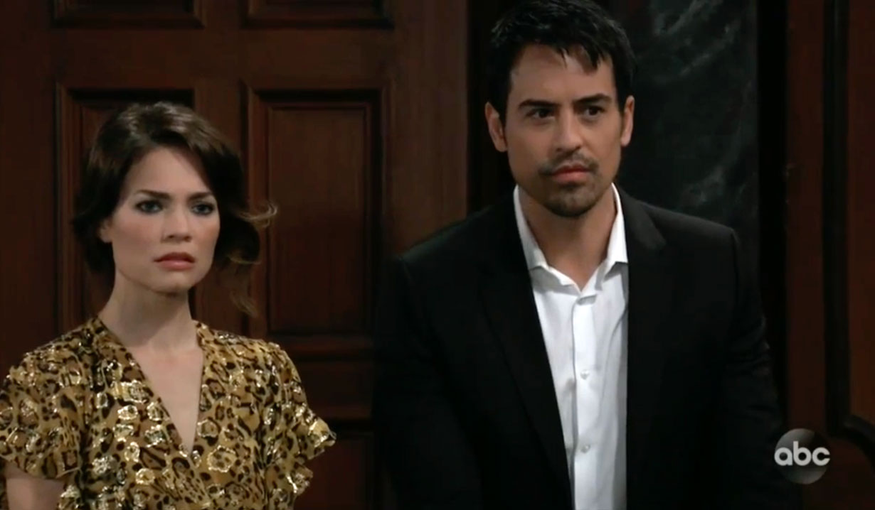 Nikolas and Liz shocked by Ava's portrait on GH
