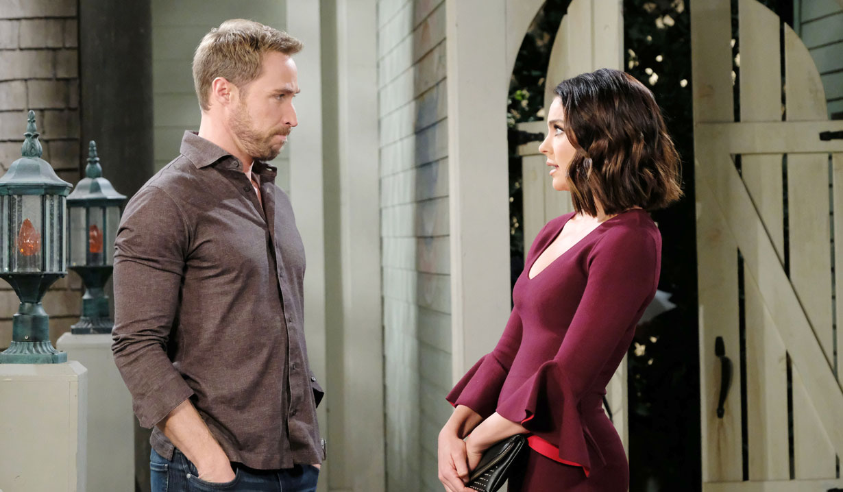 Rex meets Chloe on Days of our Lives