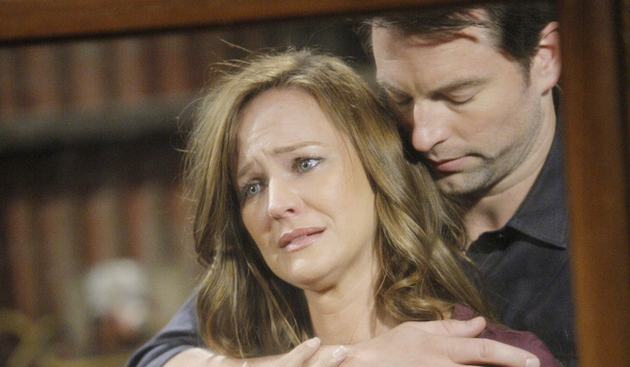 Sharon, Adam escape Y&R