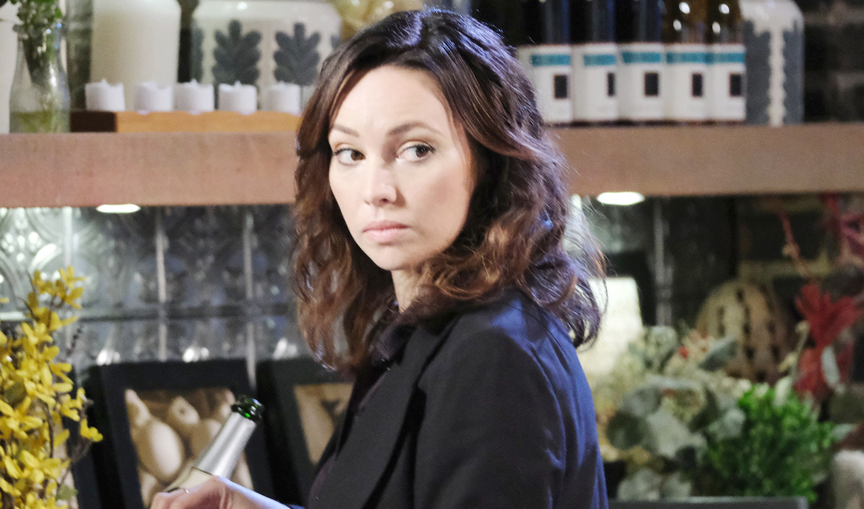 Gwen drugs Abby on Days of our Lives