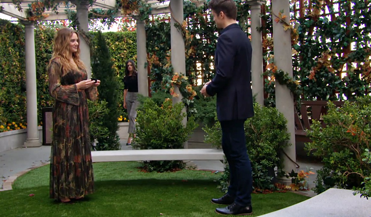 Summer, Kyle, Lola park engagement Y&R