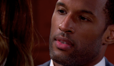 Carter kisses mannequin Zoe on Bold and Beautiful