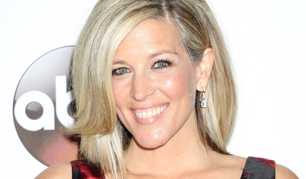 general hospital laura wright carly smiling