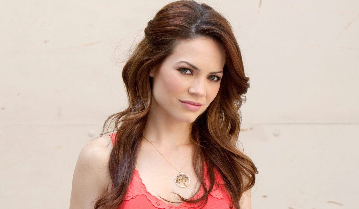 general hospital Rebecca herbst as elizabeth webber portrait
