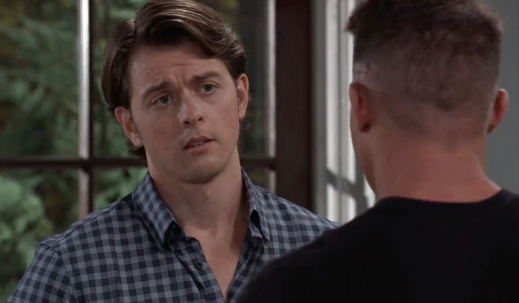 Jason offers Michael advice on GH