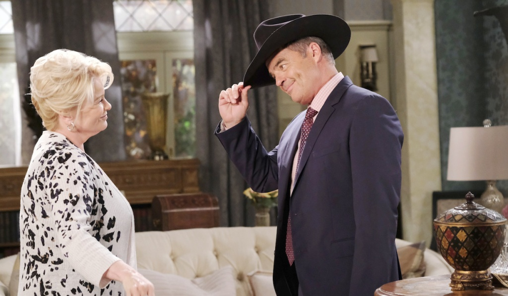 Justin has fun with Bonnie on Days of our Lives
