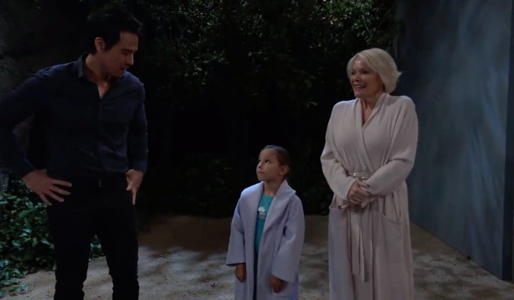 Nikolas and Ava play family on GH