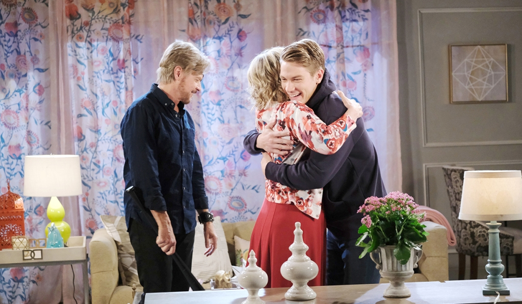tripp hugs kayla and steve days of our lives