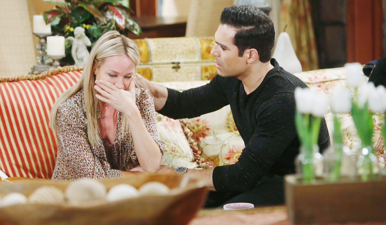 "Sharon Case, Jordi Vilasuso ""The Young and the Restless"" crying hw"