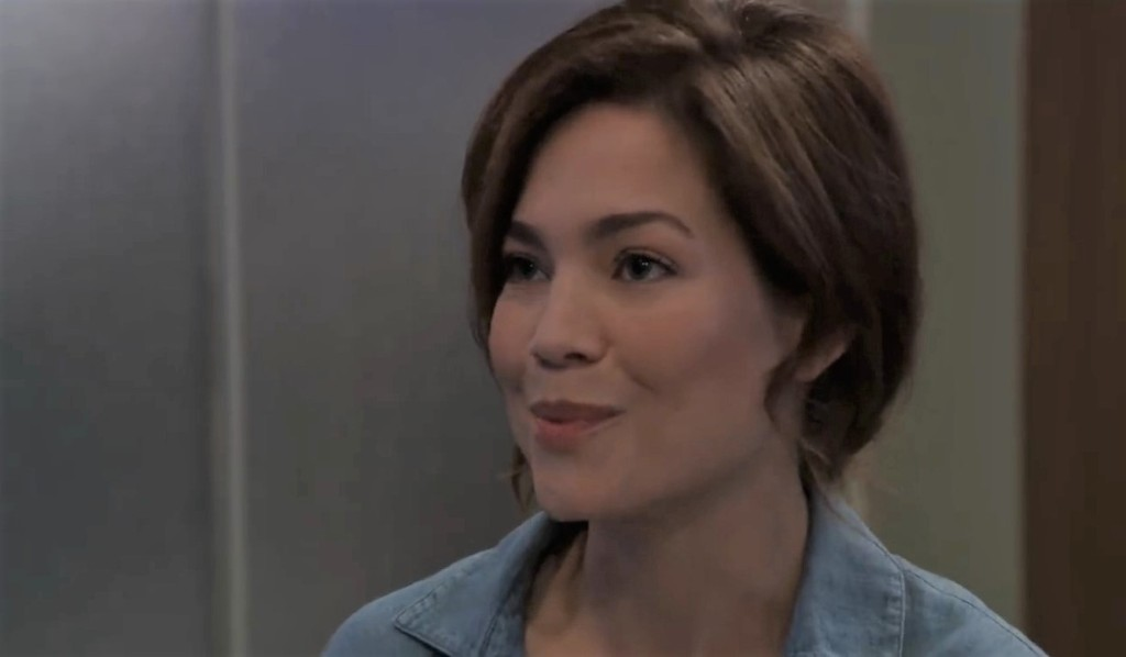 Liz confesses her blackmail to Nikolas at General Hospital
