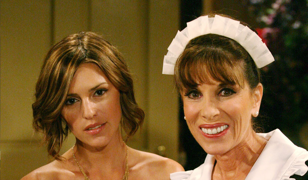 chloe and esther, mother daughter Y&R