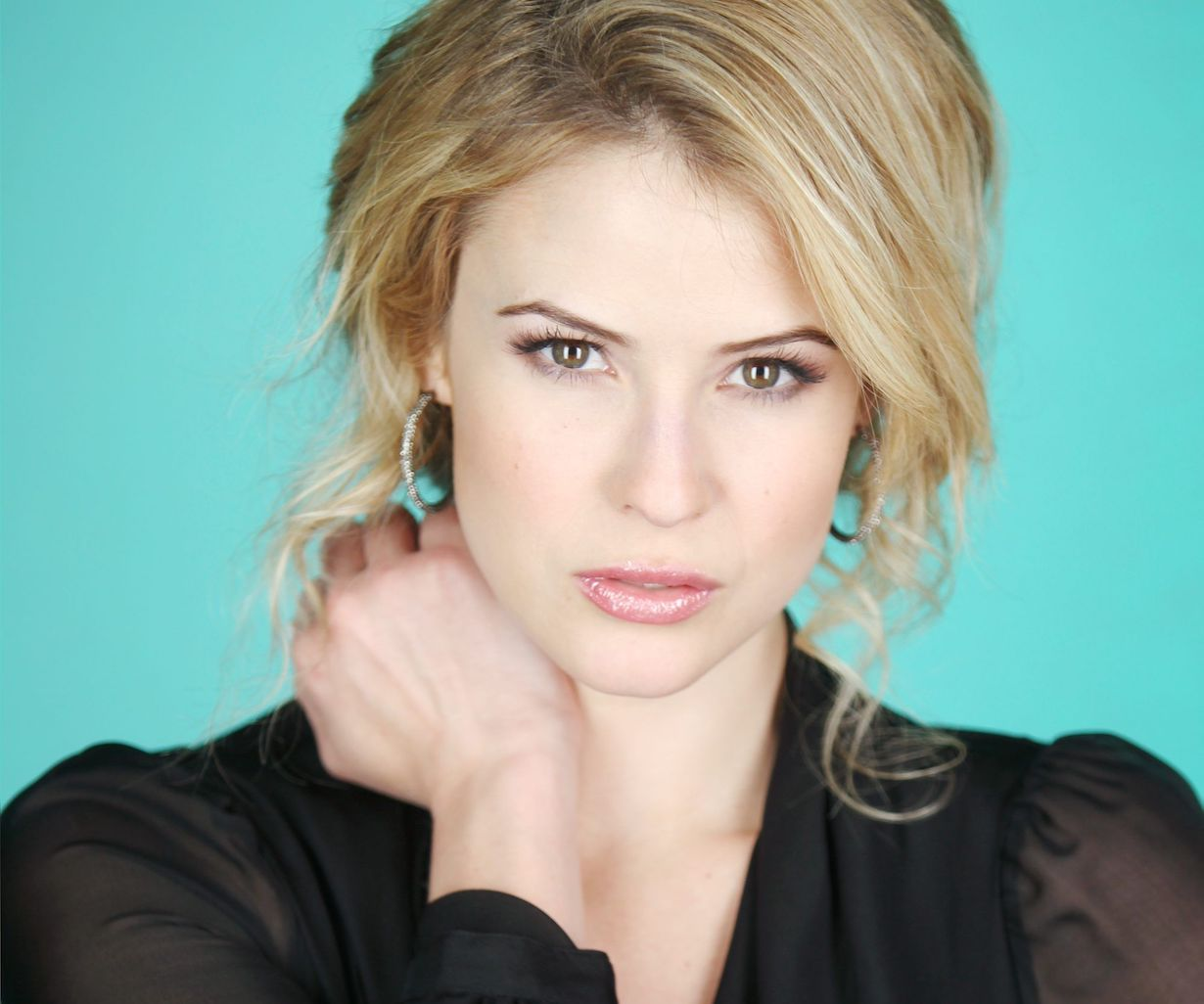 Linsey Godfrey bold beautiful days sarah jp
