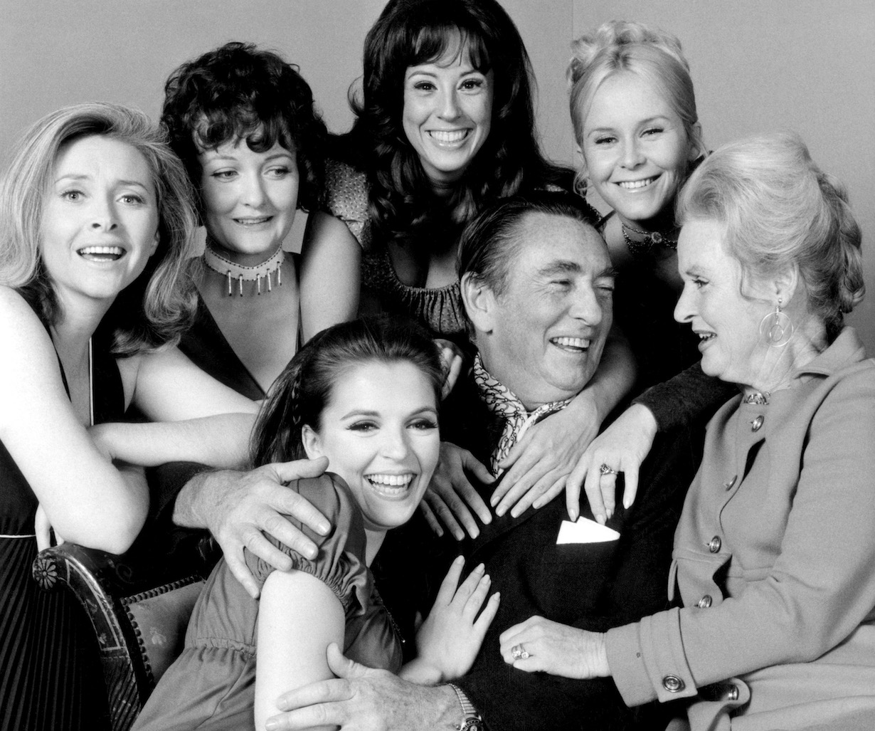 DAYS OF OUR LIVES, Macdonald Carey (center), (l-r starting from front and clockwise): Susan Seaforth Hayes, Susan Flannery, Marie Cheatham, Denise Alexander, Heather North, Frances Reid (1970), 1965-, (c)NBC/courtesy Everett Collection