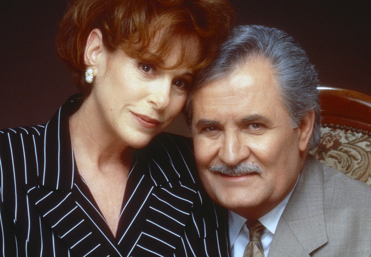 days Louise Sorel, John Aniston, vivian victor