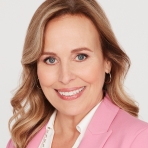 """GENERAL HOSPITAL - The Emmy-winning daytime drama """"General Hospital"""" airs Monday-Friday (3:00 p.m. - 4:00 p.m., ET) on the ABC Television Network. GH18GENIE FRANCIS"""
